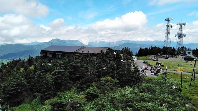横手山山展望台からの眺め
