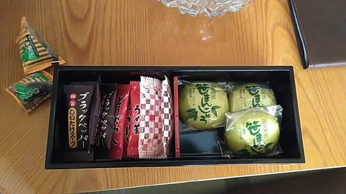 日進舘部屋のお茶セット