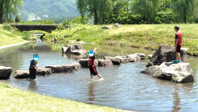 やまびこの丘公園水遊び